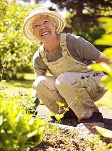 jackson-senior-gardening
