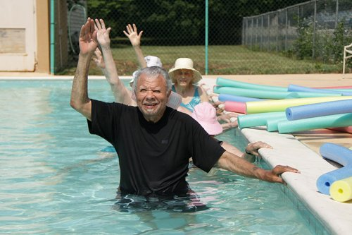 Tennessee Seniors Find Simple Ways to Stay Fit, Active