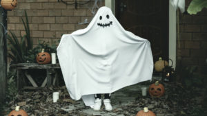 Halloween costumes and trends across the decades are so interesting! Do you remember some of these?